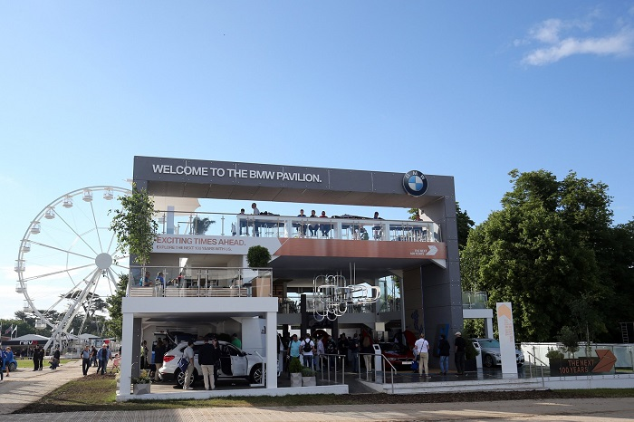 bmw-main-stand-gfos-little