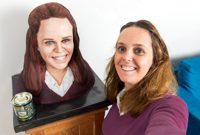 Baking fan Emma Belben wins a cake of her face, thanks to Lyle's Golden Syrup® Lyle's Golden Syrup® has made one baking fan's dreams come true with a lifelike cake bust of her face to enjoy with friends and family, after winning a competition run on the brands Facebook page to celebrate this year's series of a popular baking show For more information contact: Georgina Quayle, Mischief PR: 020 3128 6556 / tate&lyle@mischiefpr.com