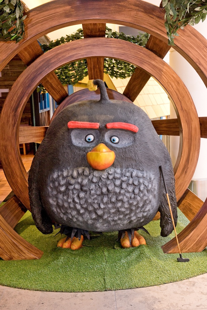 Credit and Copyright ©: Colin Davison +44 (0)7850 609 340 colin@rosellastudios.com www.rosellastudios.com