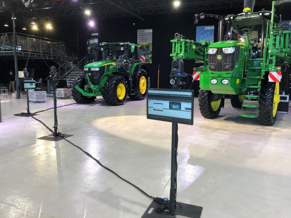 John Deere's hybrid showcase delivered by OneBigStar resize