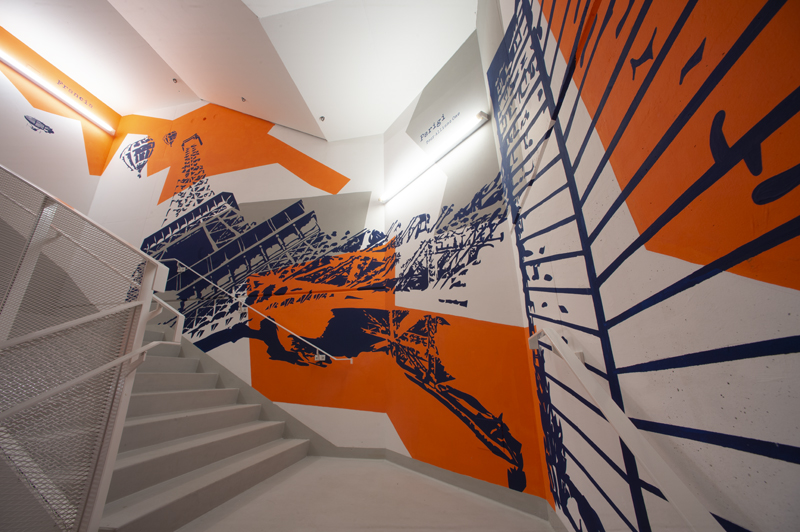2048105_Largest stairwell mural
